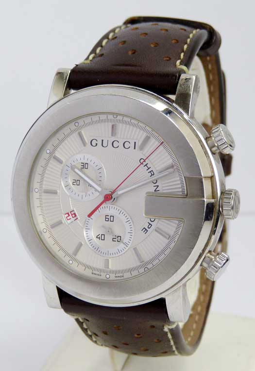 3908503fcdb montre gucci chronoscope prix - RibrallY